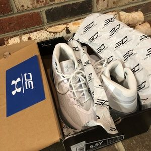 Under Armour | Curry 3 | White Shoes, Sz 5.5Y / W7